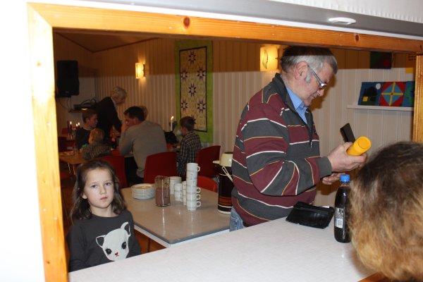 juletrefest-og-lysmesse-2011-081