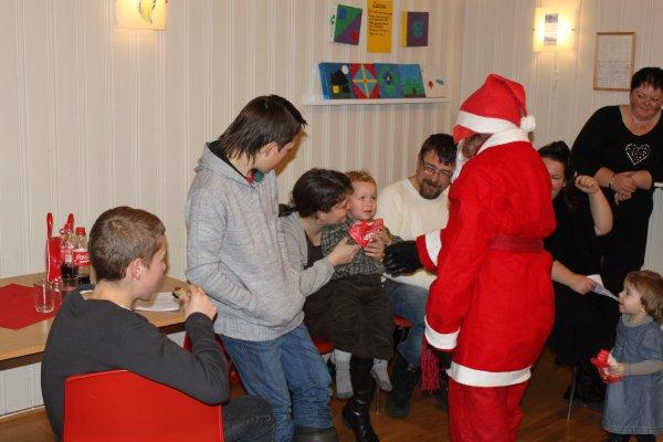 juletrefest-og-lysmesse-2011-114